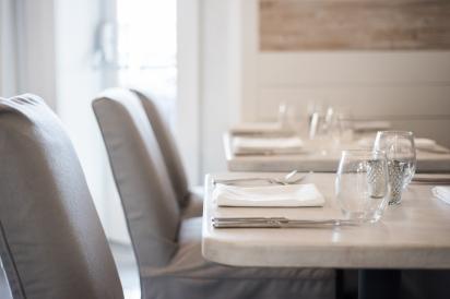 Dining Room decor at Restaurant Doro