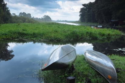 canoes at cross creek florida