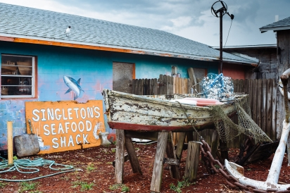 outside singleton's seafood shack