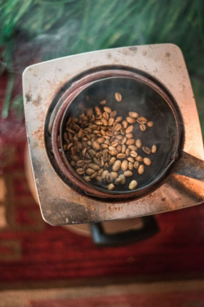 coffee roasting at ibex ethiopian restaurant in jacksonville florida