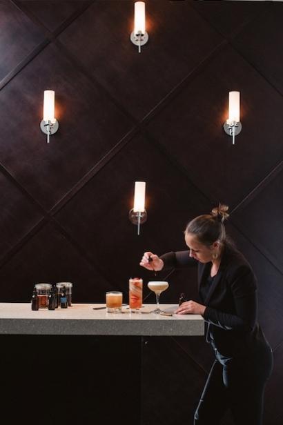 Gabby saul of medure in ponte vedra florida makes craft cocktails