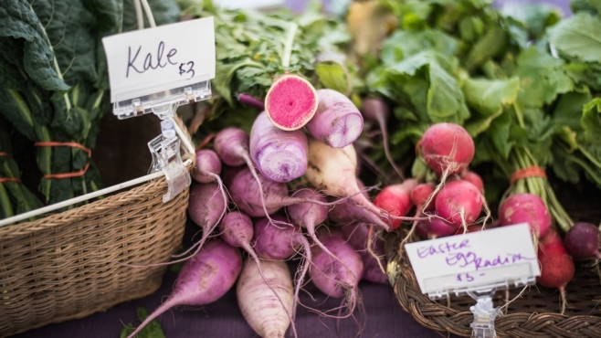 find fresh produce at farmers markets