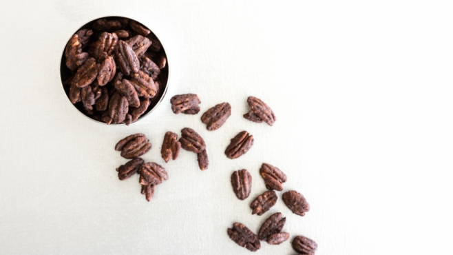 Cocoa and cayenne Spiced pecans