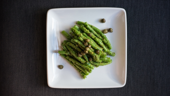 green beans and salsa verde