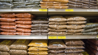 lentils at international market