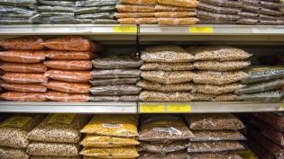 lentils at international market